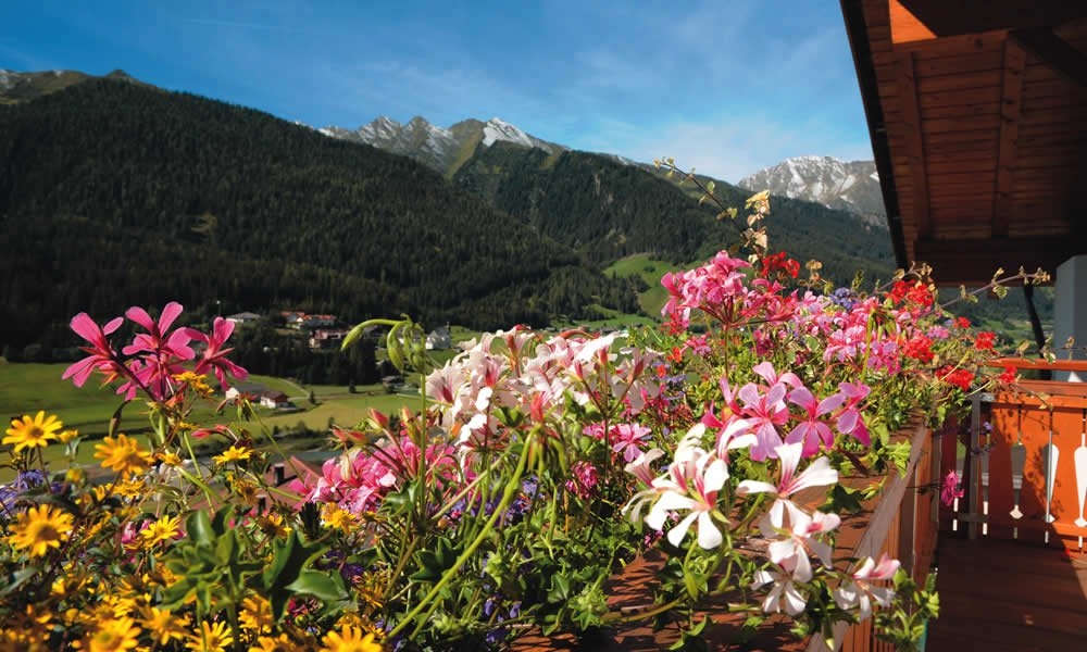 Quietly located on a sunny slope: Senior tours to South Tyrol